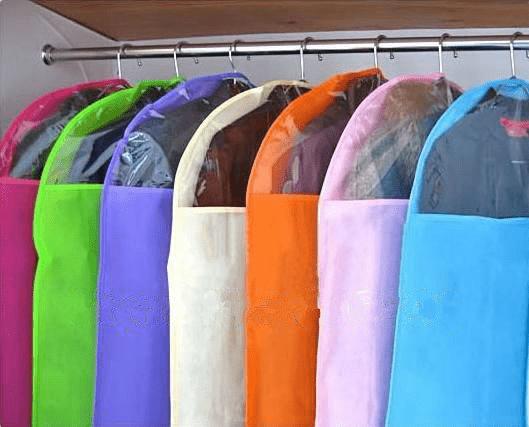 Как хранить пальто летом - фото