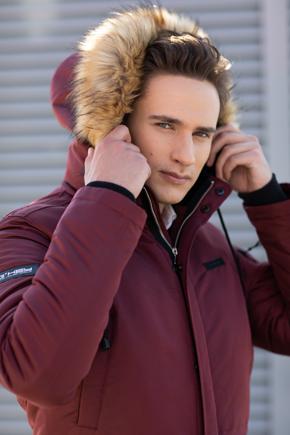 мужская куртка с меховым воротником