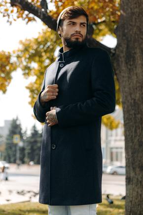 чоловіче пальто з коміром стійкою