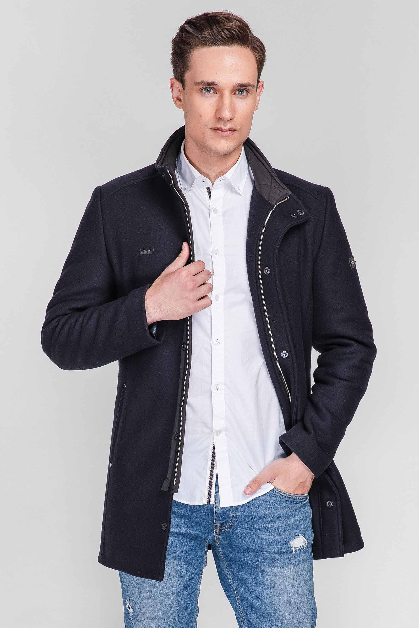 Фабричное весеннее пальто